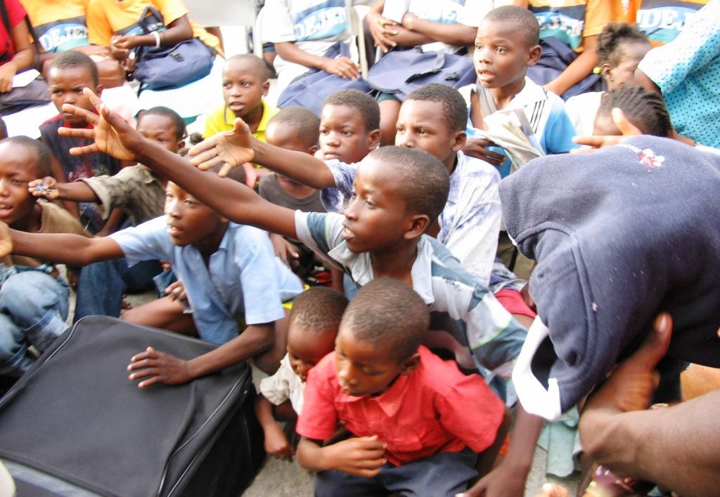 k-Cite Soleil, T-shirt donations